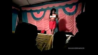 Desi Bhabhi Dances Naked on Stage in Public