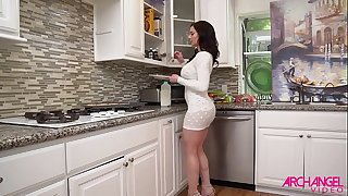 Kendra Lust Enjoys Flick Games And Sex